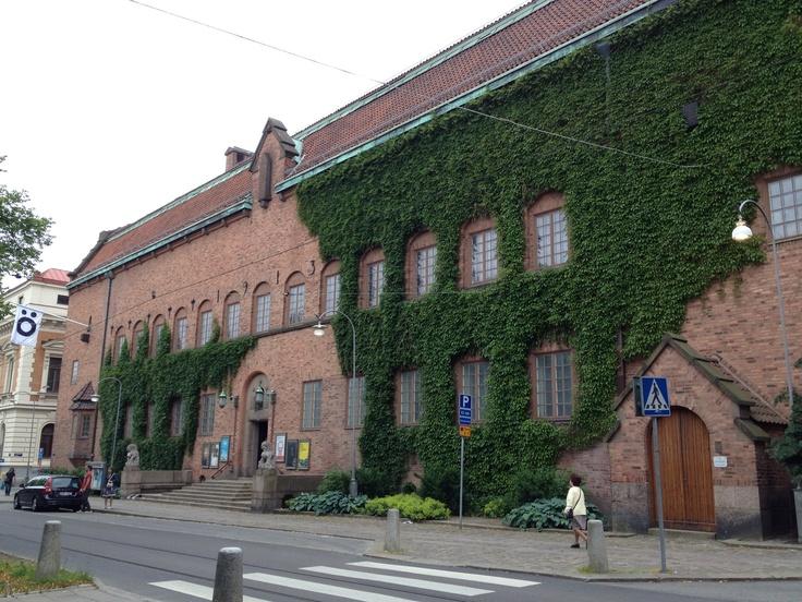 Rosshka design museum and Minii children's library