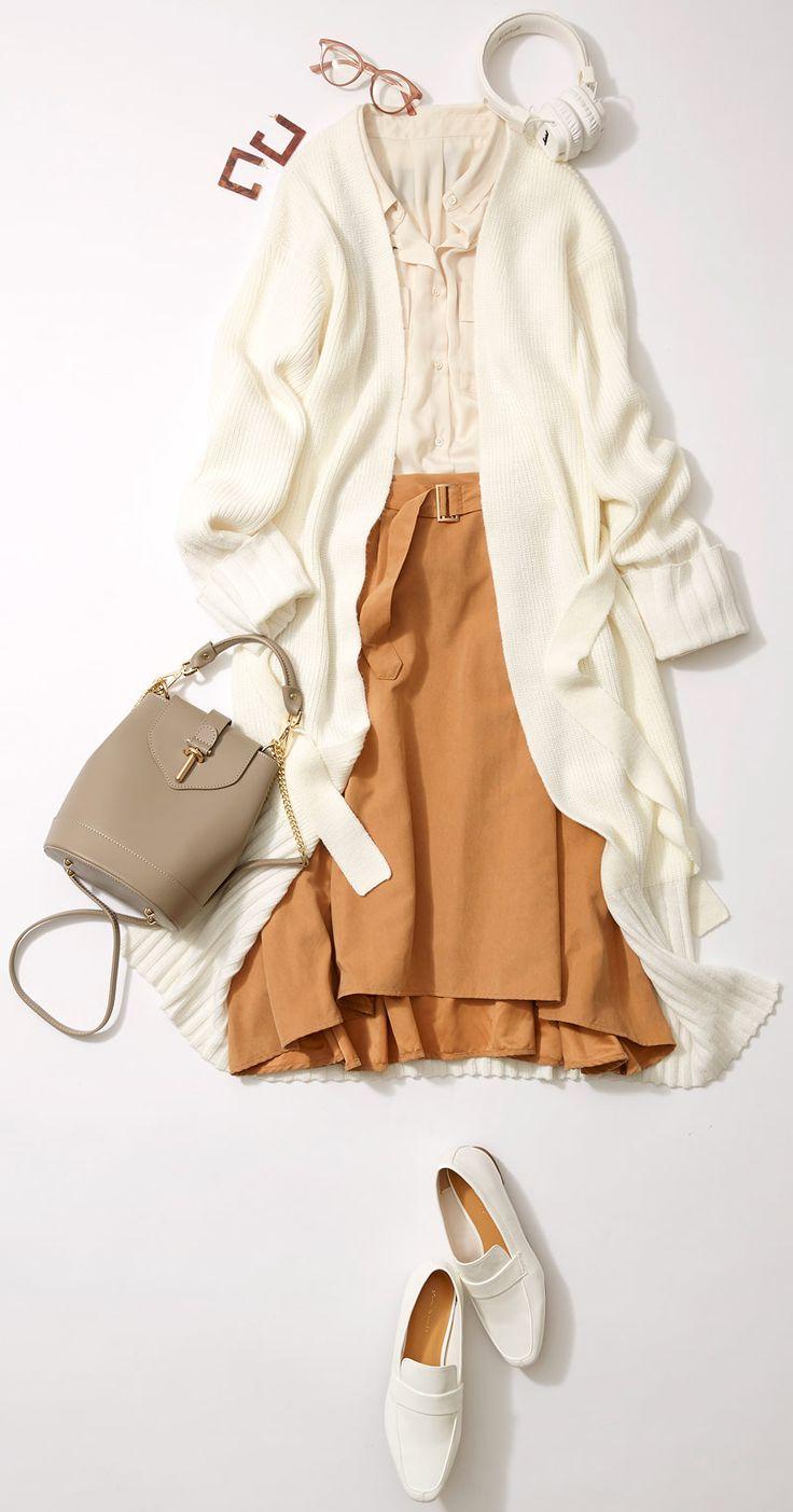 """クリーミー配色でつくる好感度スタイルで通勤! ルミネが2017春に提案するトレンドテーマは、「Favorite Hiding Place」。""""ロマンティック""""で幸福感あふれる服で、自分だけのお気に入りスタイルを見つけましょう! 洗練されたシンプルなコーディネートで人気のスタイリスト川上さやかさんがリアルな着こなしを実践します!"""