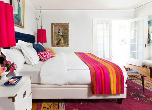Pops of vibrant color on a white base - could do this when I get tired of Haylee's duvet cover