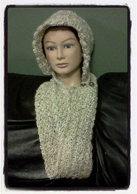 Free Crochet Pattern For Infinity Scarf With Hood : Infinity scarfs, Infinity and Buttons on Pinterest