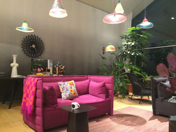 Sofa als Farbtupfer - Alcove Plume von Ronan & Erwan Bouroullec, 2013, Vitra
