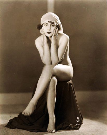 Nude strippers vintage burlesque