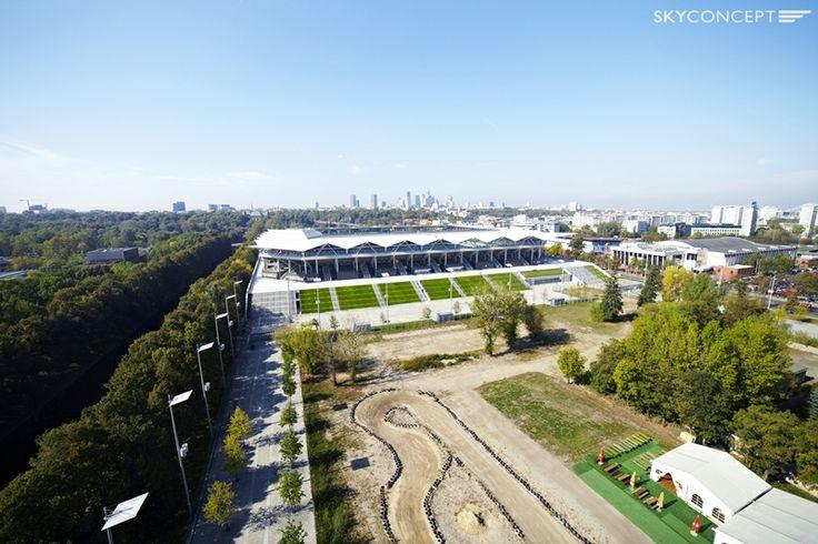 Ujęcie lotnicze prezentuje Stadion Legii Warszawy.