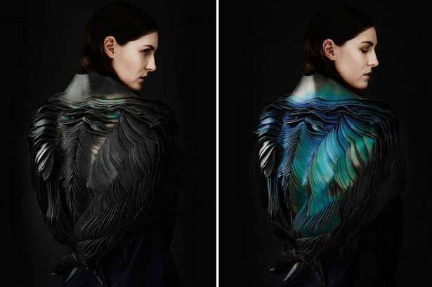 This fashion garment has colour-changing feathers