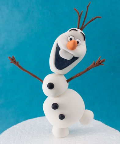 Very good description for making olaf (from frozen) out of fondant
