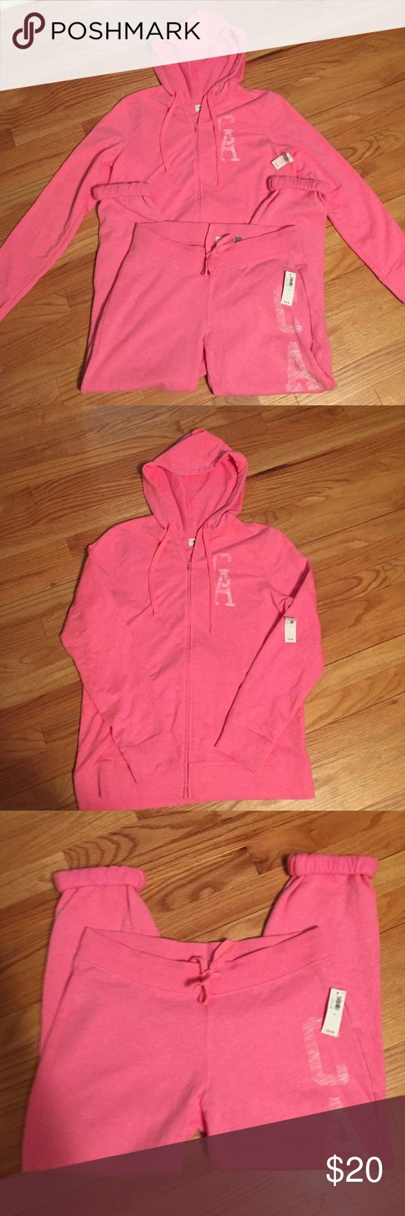 Old Navy Hoodie & Sweat Pants  Medium NWT OLD Navy Zippered Hoodie & Sweat Pants Size Medium NWT. No rips or stains. Please ask all questions prior to buying Old Navy Pants Track Pants & Joggers