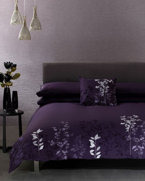 deep purple black bedding | BathAndBed.com - Fashion Bedding | Quilts | Duvet Covers & More.