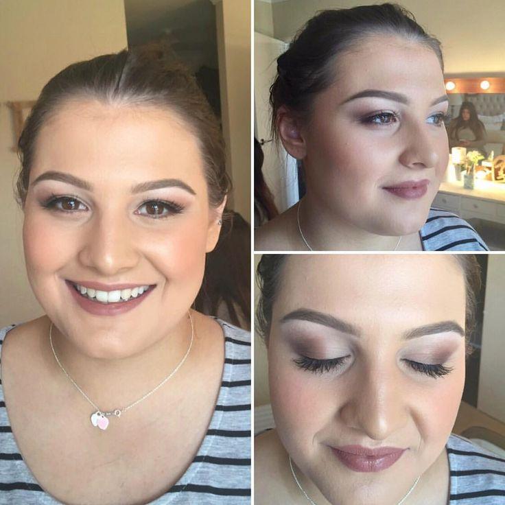 "65 Likes, 6 Comments - Amanda (@amanda_lee_makeup) on Instagram: ""Soft Birthday Glamour Makeup I did a few weeks ago 👌😍🎉 #makeup #naturalmakeup #naturalglam…"""