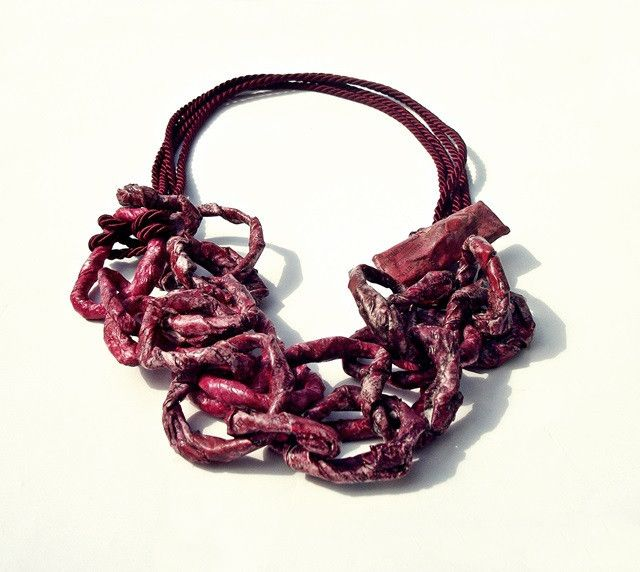 burgundy chain - necklace