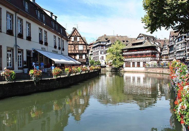 Estrasburgo (Petite France) http://maleta-en-mano.blogspot.com.es/2014/11/estrasburgo-todavia-mas-bonita-en.html