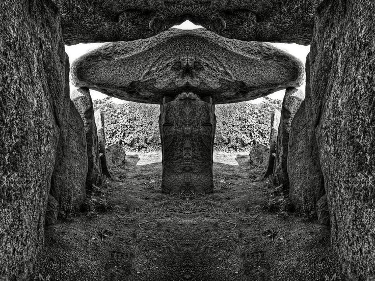 Variant of with some cropping and flipping over to reveal what I think ressembles an alien face if you look closely at the center stone piece. Big wide head, two eyes, a nose, and a mouth... COINCI...