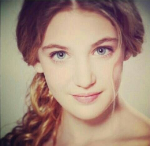 sophie nelisse 5 by - photo #11