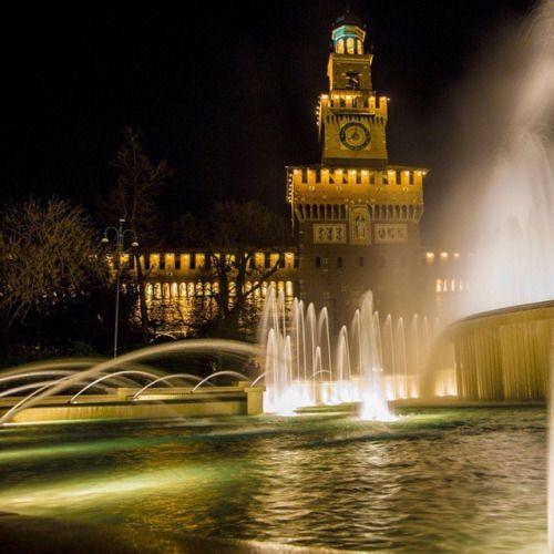Milano Castello Sforzesco    #TuscanyAgriturismoGiratola