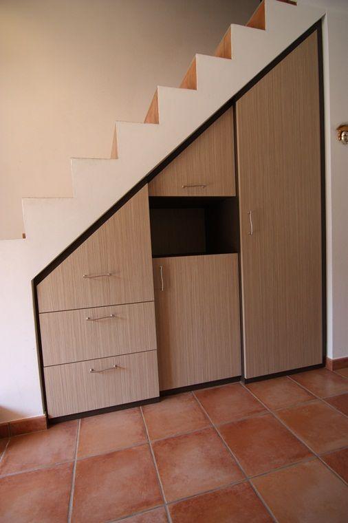 Sous pentes  sous escaliers - Plak'art, mobilier, placard, rangements sur mesure