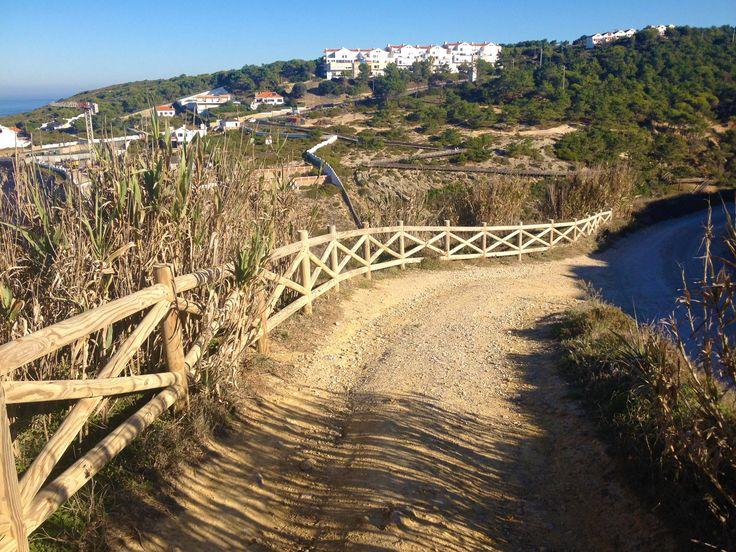 Praia do Magoito, chegada através do Caminho do Chão Verde