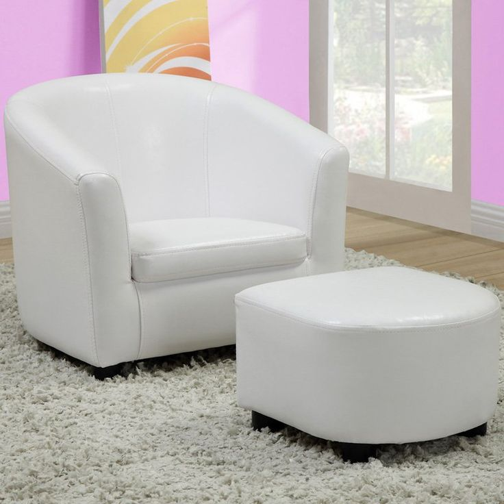 foot rests for living room%0A Best     Chair and ottoman ideas on Pinterest   Reading room  Master bedroom  chairs and Cozy chair