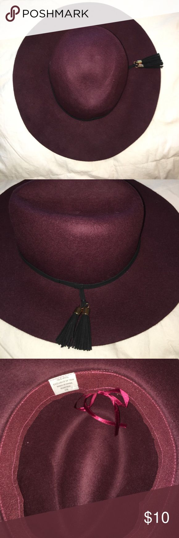 Wool Hat Never Worn Wool Hat! Originally bought for college game days, I never decided to wear it! Bought at Nordstroms! Nordstrom Accessories Hats