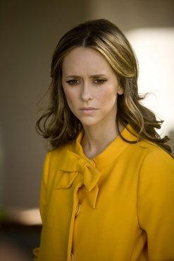 Best Wardrobe Ever = JLH as Melinda Gordon in Ghost Whisperer.