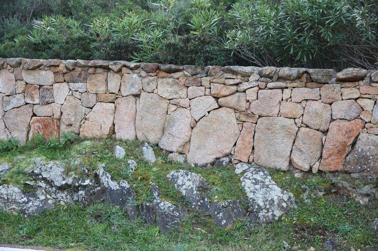 recinzione in pietra, Costa Smeralda (Sardinia - Italy)