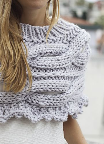Ravelry: Number One Grey Poncho pattern by Rosarios 4