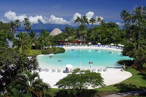Tahiti Photos at Frommer's - The pool at Le Meridien Tahiti. Photo courtest Le Meridien Tahiti.