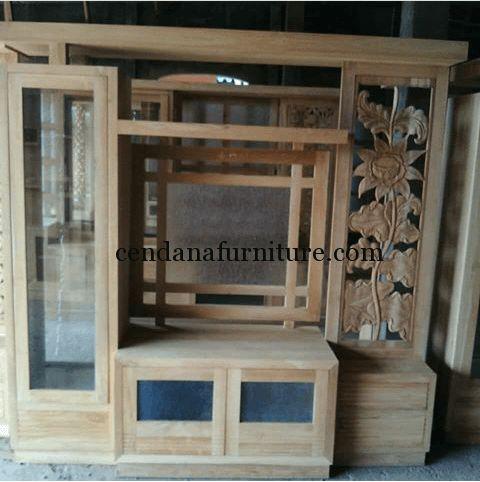 Bufet Partisi Minimalis Variasi Daun terbuat dari material kayu jati solid yang merupakan produk mebel jepara yang fungsional dan cantik.