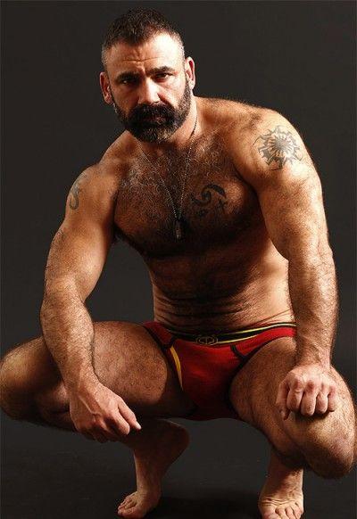 Nasty Muscley Gay Hunk