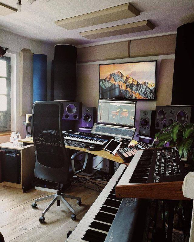 11 Awe Inspiring Producer Setups That Make Amazing Use Of Space Home Music Rooms Music Studio Room Home Studio Setup