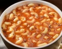 Soupe de pâtes à la tomate