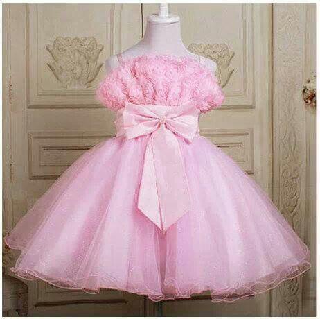 KODE : Pink Ribbon Dress PRICE : Rp.210.000,- DETAIL SIZE (Lebar Dada,Pjg Baju) : 3thn : 30cm, 54cm 4thn : 32cm, 57cm 6thn : 33cm, 60cm 8thn : 34cm, 66cm 10thn : 36cm, 74cm 12thn : 40cm, 80cm FOR ORDER : SMS/Whatsapp 087777111986 PIN BB 766a6420 FB : Mayorishop