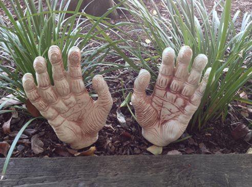 halloween spooky hands garden stakes large - Halloween Garden Stakes
