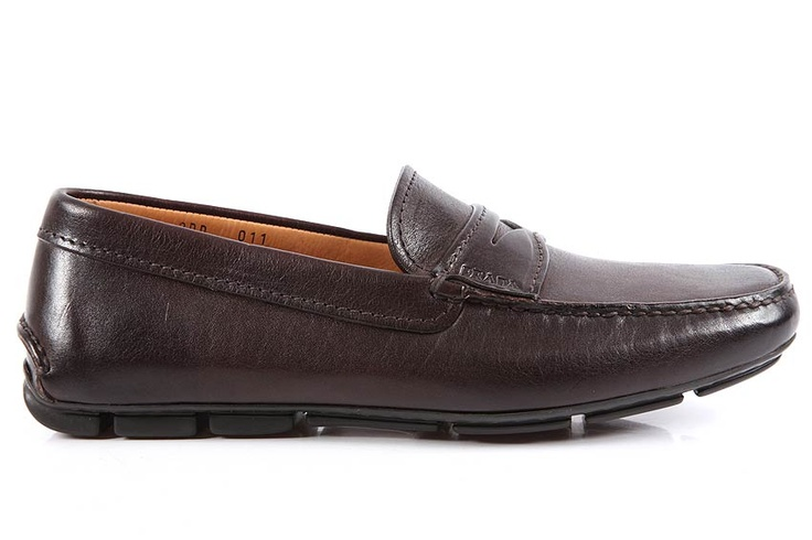 Prada Loafers in Leather Saffiano (2DD0113AZMF0003)  http://www.outletdelfashion.it/man-shoes/?p=2753: Leather Saffiano, Kanyon Istanbul, Prada Loafers, Casual Kicks, Men Shoes, Man Shoes, Saffiano 2Dd0113Azmf0003