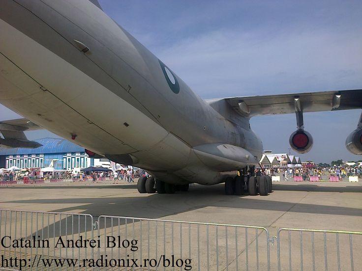 Vazut din lateral Pakistan Air Force #BIAS2015