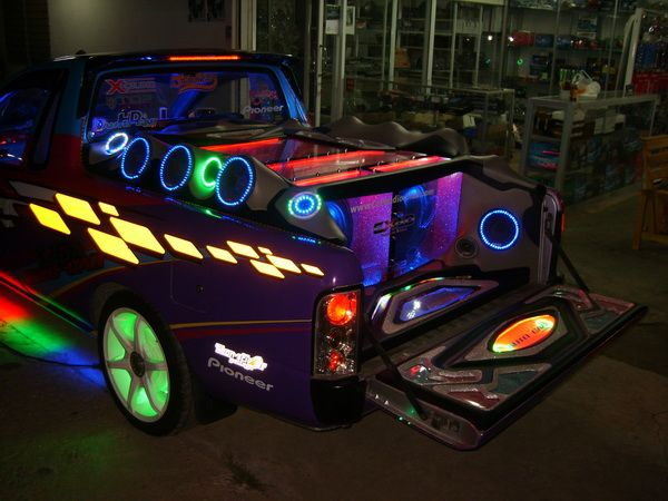 PIMPED OUT TRUCKS | Tricked Out Ford Trucks | PIMPED OUT ...