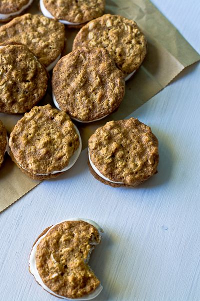 I do love oatmeal creme pies.  I would substitute an extract for the whiskey