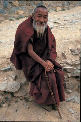 photos of old buddhist monks | Jindhag Foundation - Preserving Tibetan Culture - Pictures