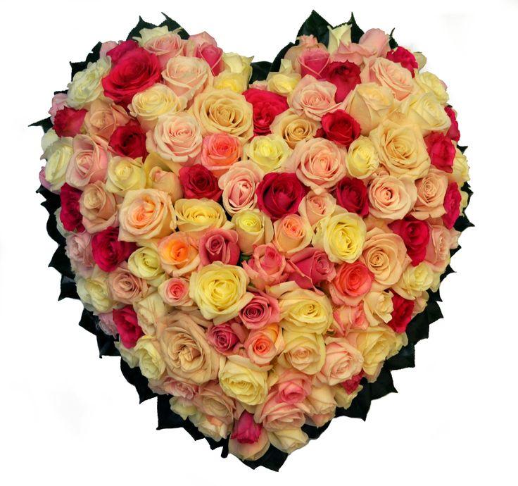 Rose heart wreath - Donvale Flower Gallery