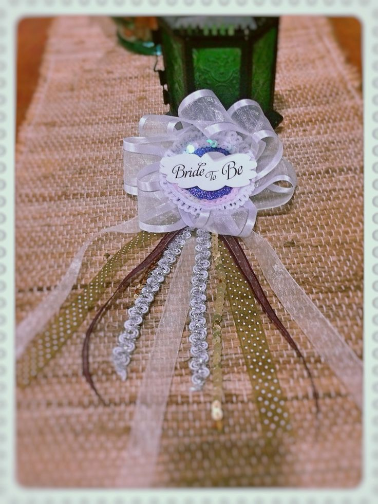 Bride Badge! Bachelorette party pin para novia