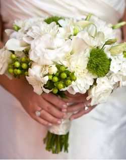 green and white bridal bouquet: Green Things, Ideas Someday, Ideas White, Pretty Bouquets, Bouquets Ideas, Bouquets White Blushes, Bridesmaid Bouquets, White Bridal Bouquets, Flowers Decor