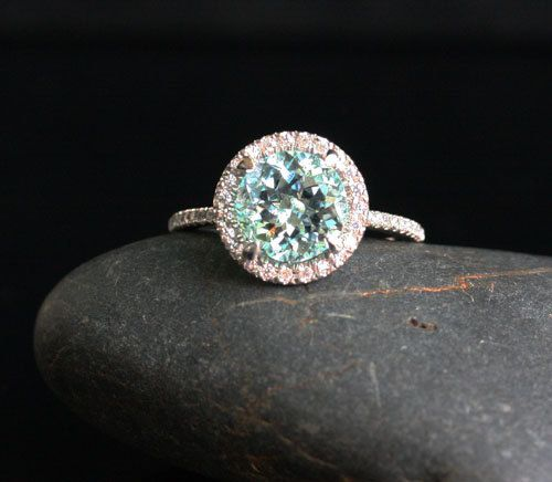 Aquamarine ring   we ❤ this!  moncheribridals   #engagementrings