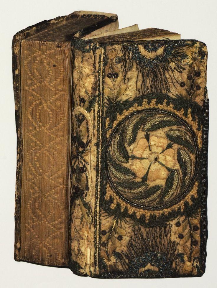 Another Dos A Dos Bookbinding Embroidery Book Rare Books