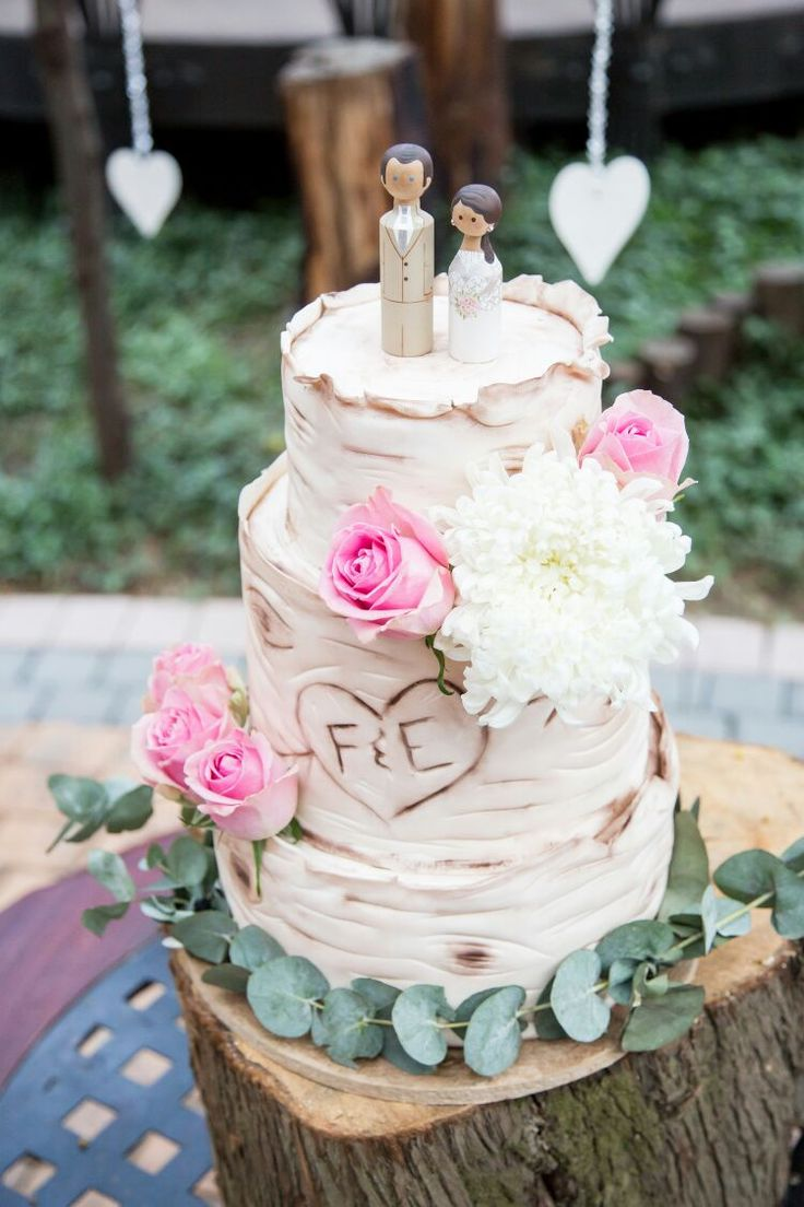 Lovers tree bark cake with mini me and you toppers by SweetJoy