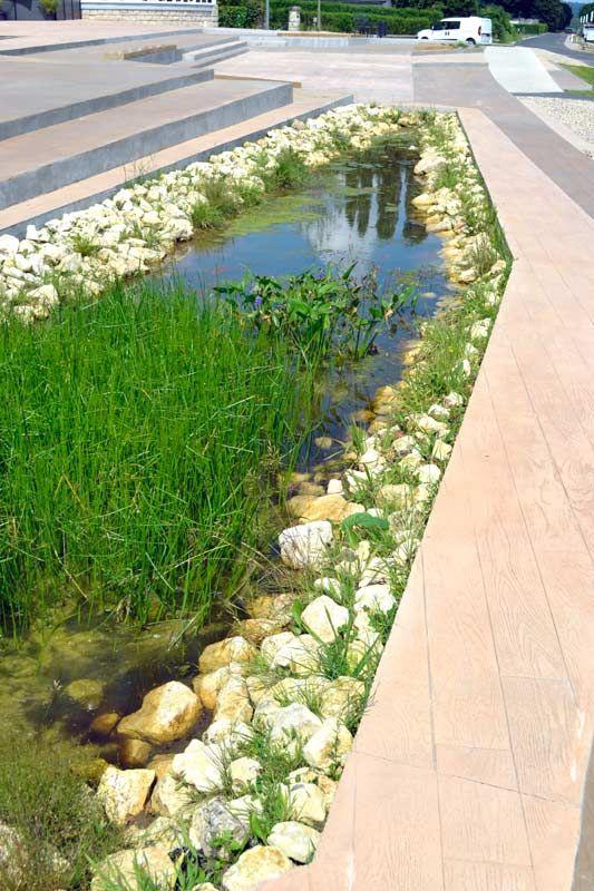Water-purifying-Riverside-square-La_Mailleraye_sur_Seine-07 « Landscape Architecture Works | Landezine