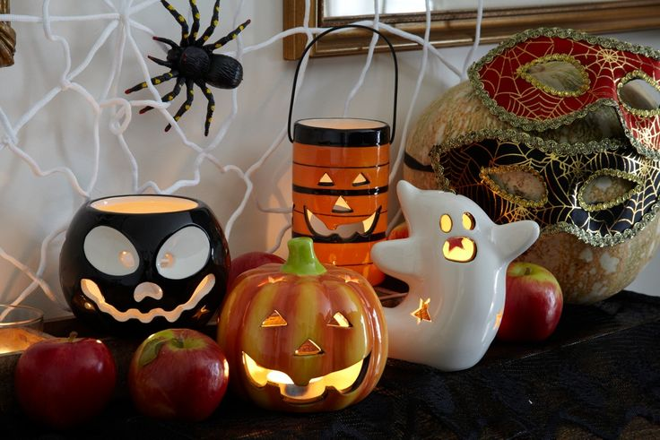 Ghosts, pumpkins, skulls...take a look at these spooky candle holders from Poundland!