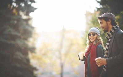 Eine persönliche Nachricht – Bindung in einer ungebundenen Welt Es kann eine große Freude bereiten, wenn sich Freunde oder Verwandte mit einer persönlichen Nachricht melden, und auch für den Absender kann es ein tolles Gefühl sein. Nicht nur der genaue Inhalt der Nachricht ist wichtig, auch die Intention, dass jemand an einen gedacht hat. Eine persönliche Nachricht zeigt soziale Bindung in einer schnellen und ungebundenen Welt.