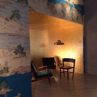 """""""Ottone e sete tra arte e design"""" è il titolo dell'evento durante la Milano Design Week 2016 in Via Fatebenefratelli 34, in cui Misha collabora con Spazio RT per creare un luogo nuovo e accogliente."""
