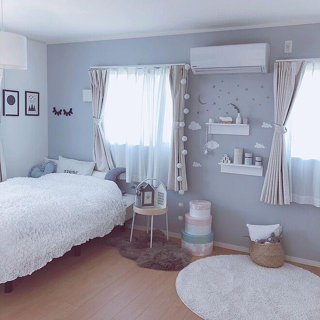 水色の壁紙 アクセントクロス 女の子の部屋 こども部屋 枕元 などのインテリア実例 2019 10 16 19 35 32 Roomclip ルームクリップ 2020 女の子 部屋 模様替え 部屋 こども 部屋