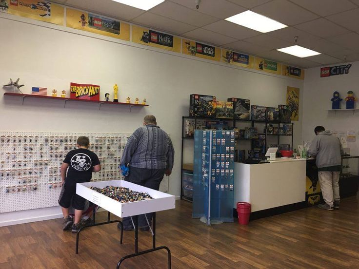 LEGO FOR SALE! Hobby LEGO Stores, Sets, Parts, Bulk, Vintage, Online Stores, We Buy LEGO, Workshops, Birthday Parties, Custum Builds by our Master Builders, etc...