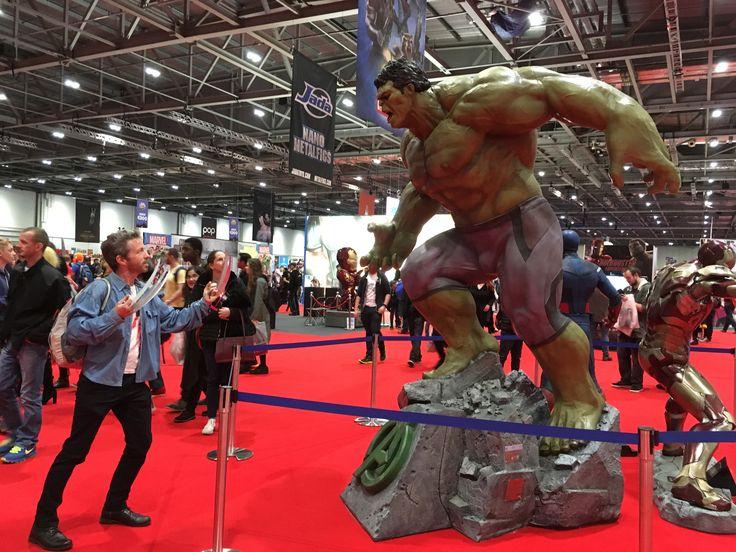 #mcmLDN17  MCM london comicon 2017  old man logan wolverine vs hulk