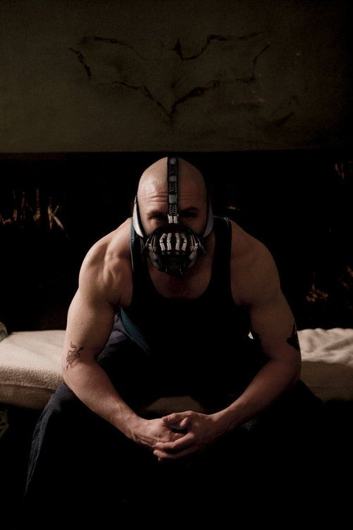Tom Hardy - Bane those shoulders and arms